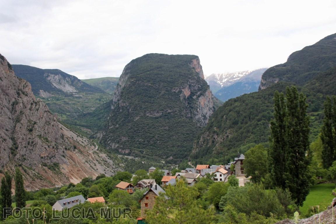 Ambiente gris en el Valle de Chistau [1280x768]