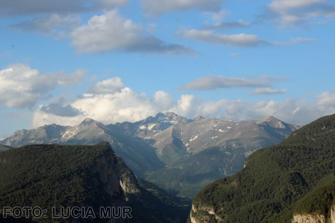 Nubes en el Valle de Chistau [1280x768]