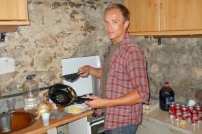 jessi haciendo el desayuno (Copiar)