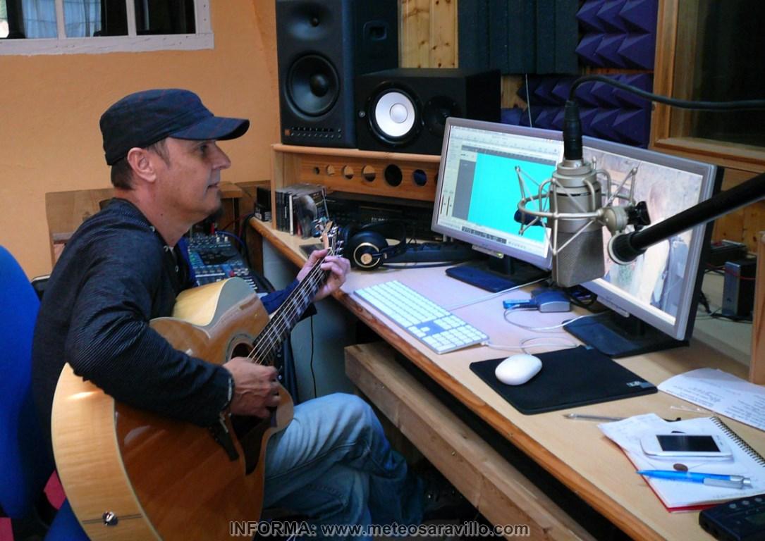 MB. FOTO MARKO 1 trabajando en estudio (Copiar)